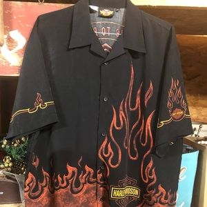 Harley-Davidson Short Sleeve Shirt - Men XXL.